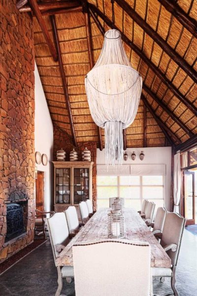 •-Esiweni-Luxury-safari-lodge--dinning-room-copie