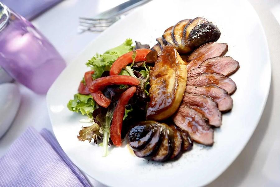 020--restaurant-le-patio---htel-la-prouse_5476180546_o