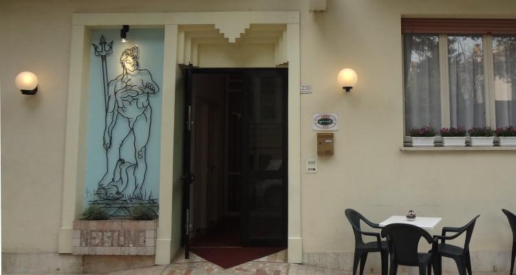 esterno-hotel-nettuno-porto-san-giorgio