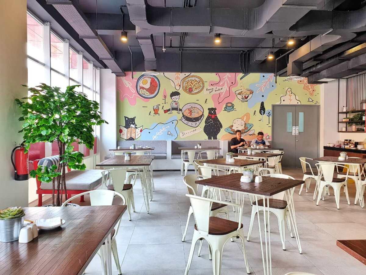 H Hotel Senen Hanya Selangkah Dari Stasiun Pasar Senen Hotelopedia