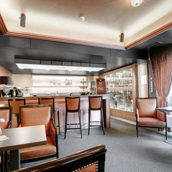 Hotelovy nabytok Cigarbar Hviezdoslav