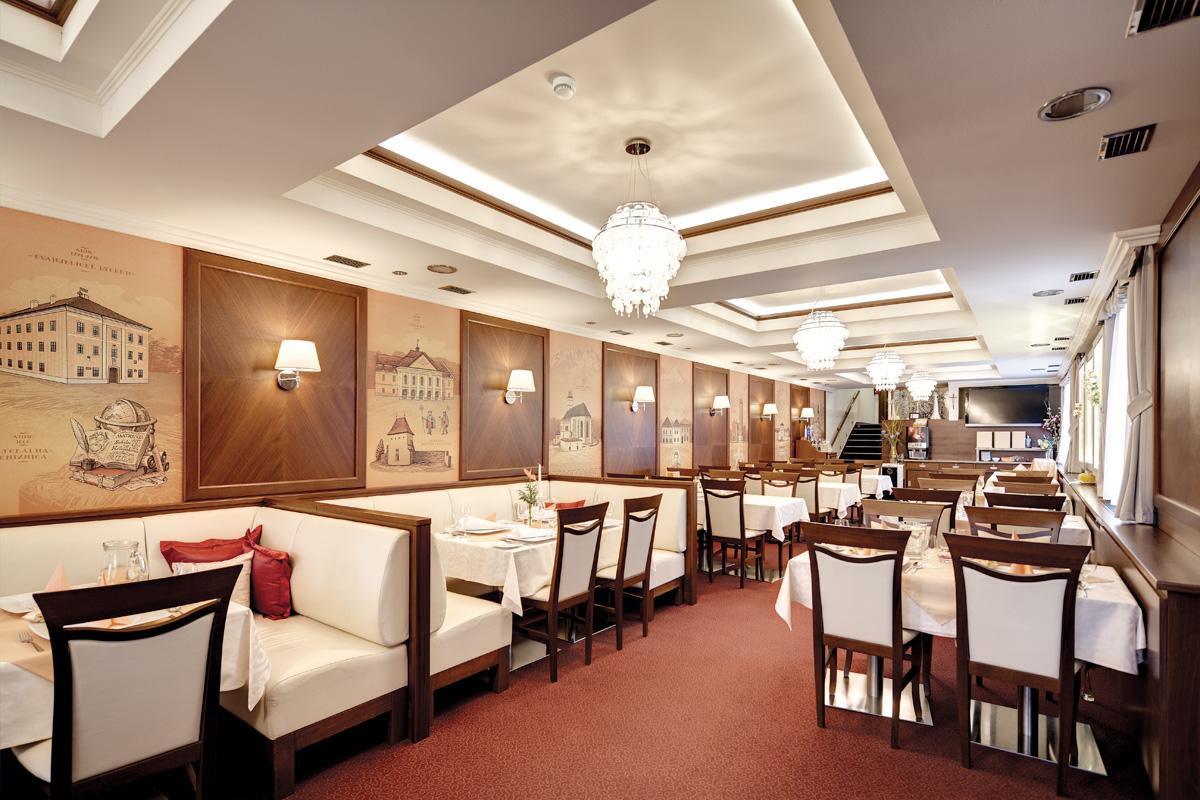 Restauracia interier nabytok na mieru