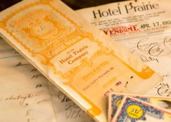 Stock certificate for the Hotel Prairie Company