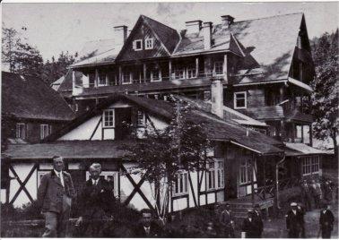 1928_1b