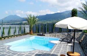 7. Osmon Villa & Resort