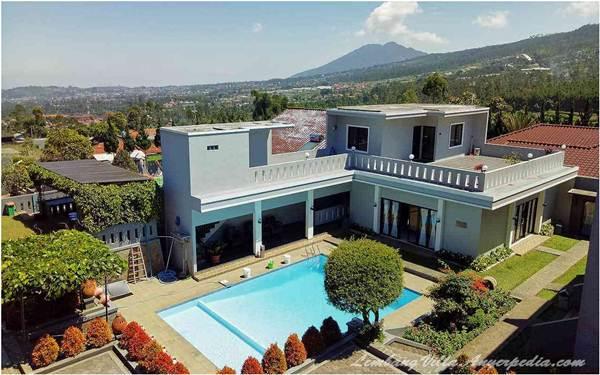 rekomendasi villa murah di Lembang Bandung