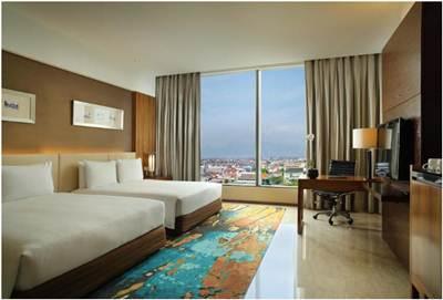 Hotel Hilton Bandung bertema City Resort