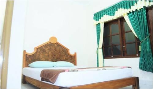 View Kamar Hotel Puspo Nugroho Yogyakarta