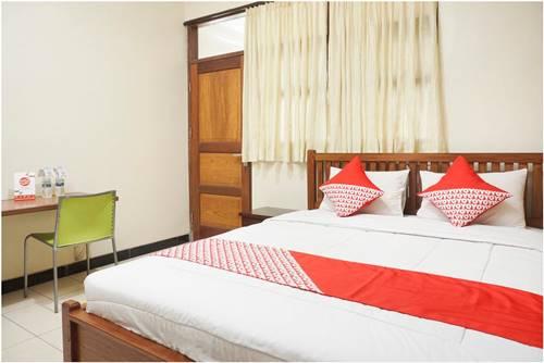 View Salah Satu Kamar yang Ada di Hotel OYO 462 Nugraha Residence Jogja