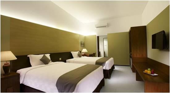 Kamar Hotel Neo+ Green Savana Sentul City
