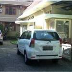 16. Armyn Luxury Guest House Malang