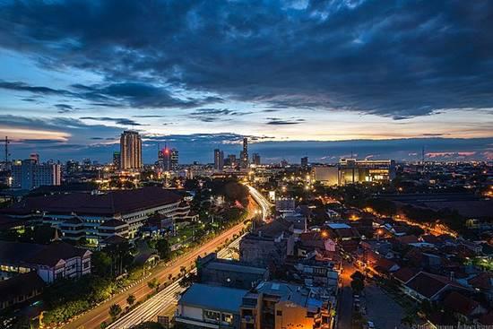 Tentang Kota Surabaya