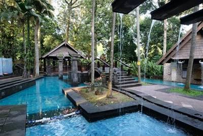 2. Hotel Novotel Bogor