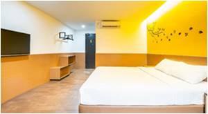 Yellow Bee Hotel Kota Tangerang Banten