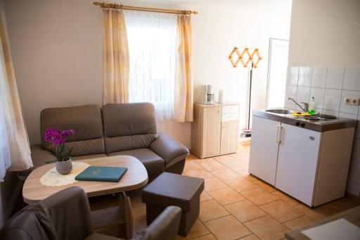 Kleine Ferienwohnung mit Küche und Sitzecke in Zinnowitz auf Usedom
