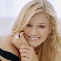 pictures of kelly clarkson hot clarkson 2011 hotfemale