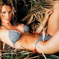 Molly sims Bikini Pics, hot molly Sims 2011