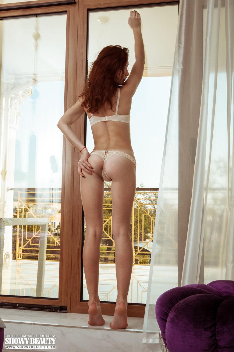 Redhead girl undressing  Hot Girls Board