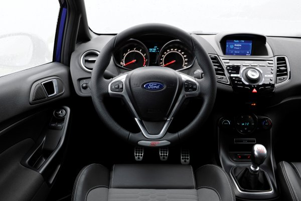 Ford Fiesta ST (2013) Dashboard