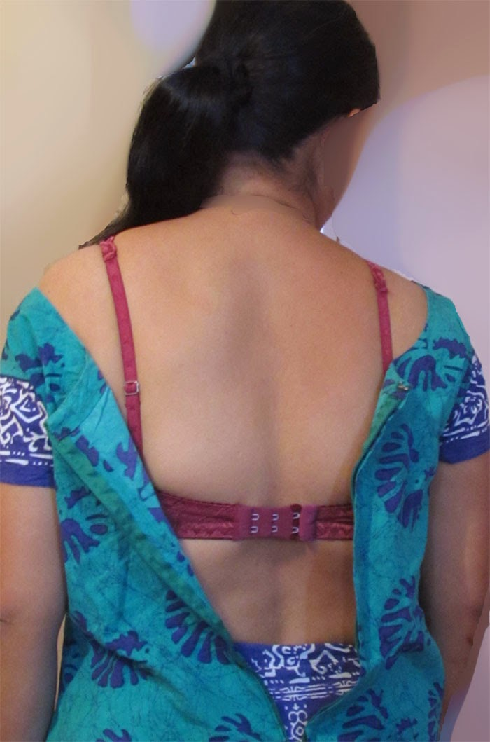 indian aunty back view