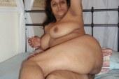 Desi Bhabhi With Big Boobs showing