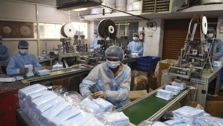 صناعة الكمامات الطبية