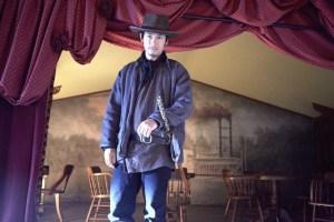 荒野のピンカートン探偵社