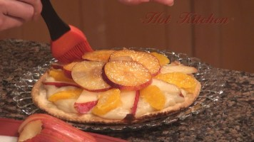 Hot Kitchen Fruit Pizza Recipe Demonstration
