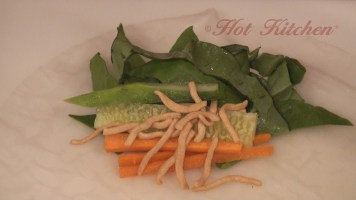 Hot Kitchen - Handheld Salad Rolls Recipe Demonstration
