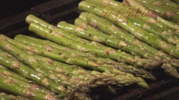 Hot Kitchen Grilled Asparagus Recipe Demonstration