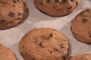 Hot Kitchen Pumpkin Chocolate Chips Cookies Recipe Demonstration