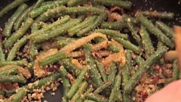 Hot Kitchen Italian Crunchy Green Beans Recipe Demonstration