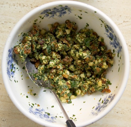 Incaberry and macadamia nut stuffing