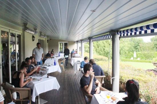 Outdoor dining on the verandah