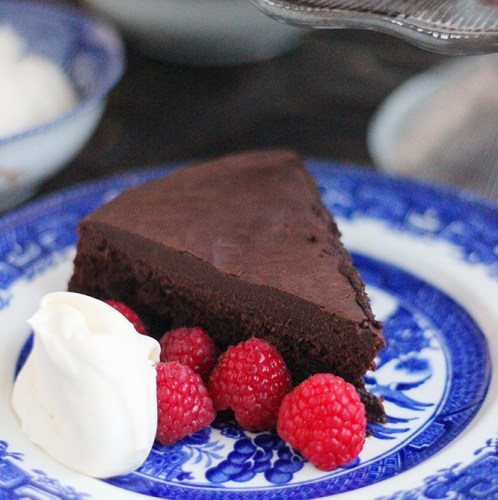 Fourless Double Chocolate Cake