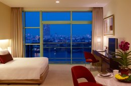 CHRB_Grand Room_river view