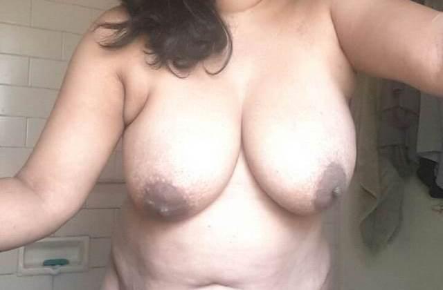 Aunty nude desi Indian aunty