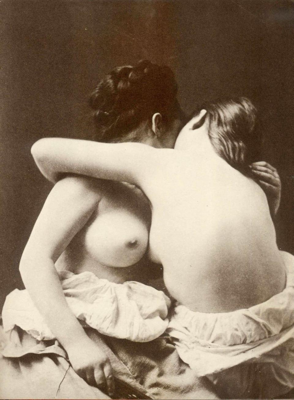 sapphic erotica tumblr