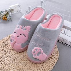 Cute cozy cat paw slippers