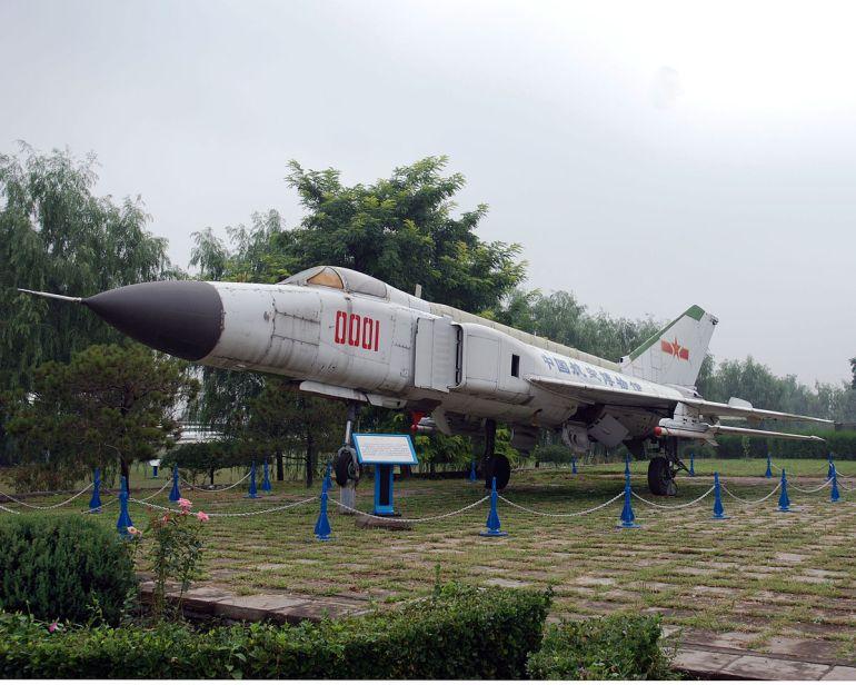 中国大批神秘退役战机都去了哪里?未来战场用处巨大