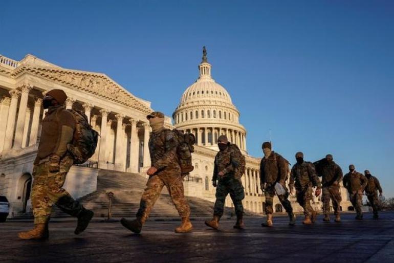 美国国民警卫队成员抵达美国国会大厦(图源:路透社)