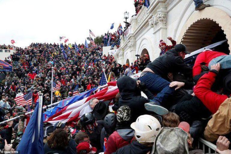 美国国会骚乱(图源:外媒)