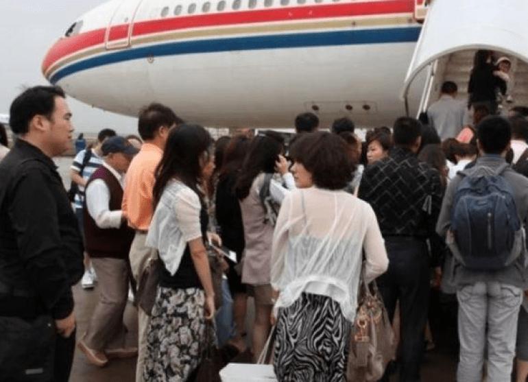 大批日本专家投奔中国,有人说:自己不是来捞钱的