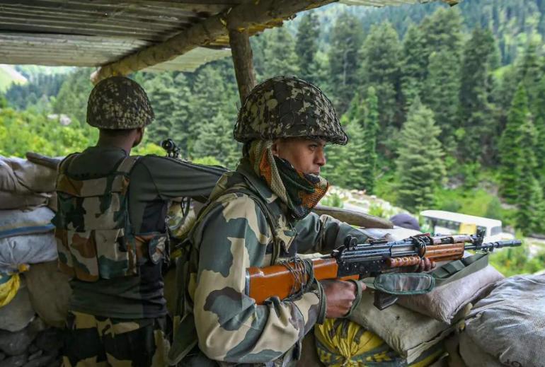 边境刚传好消息,印高官仍嘴硬,称印军一线部队曾被授权可开火