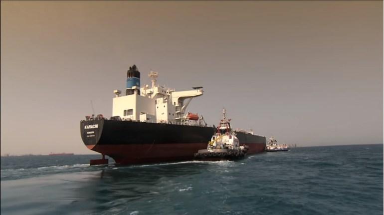 苏伊士运河拥堵背后:1天损失628亿!248艘船被困,油价涨超4%