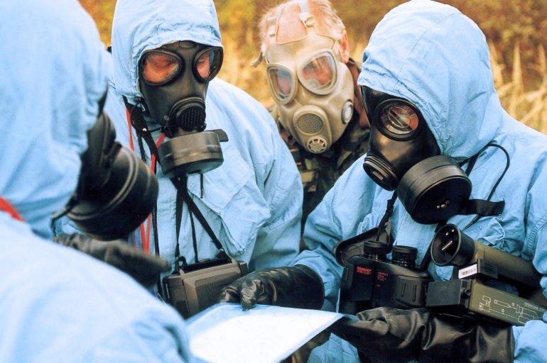 美国要干什么?美军200所生物实验室环绕中俄,外交部连发四问