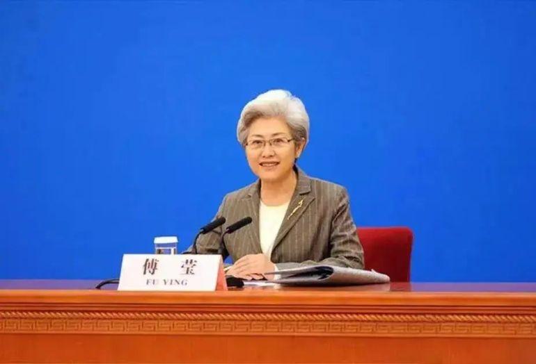 中国外交女神的衣橱里,到底有什么秘密?