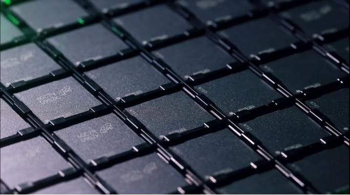 中国芯又迎新突破!紫光股份16nm芯片已投片,7nm成新挑战目标
