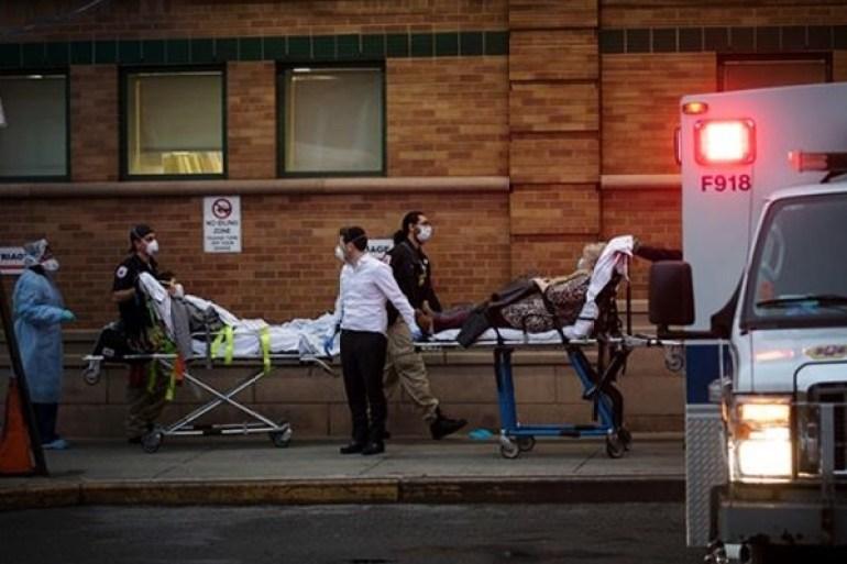 美国医疗系统濒临崩溃,医院里都是新冠患者,死前的表现如出一辙