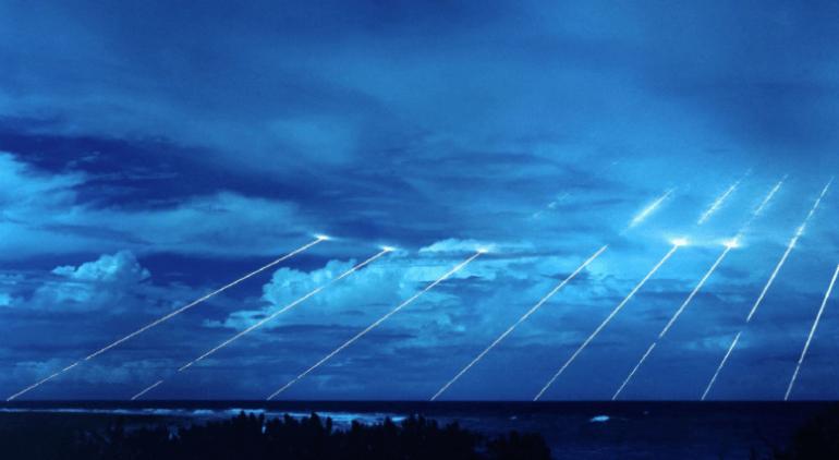 印度将再射核导弹,能打5000公里!印媒欢呼:可覆盖整个中国